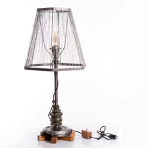 Unikalna, upcyclingowa, Industrialna lampa podłogowa ze stali i drewna - styl loftowy Square Upcycling