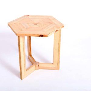 Upcyclingowy sześciokątny drewniany stolik kawowy Square Upcycling
