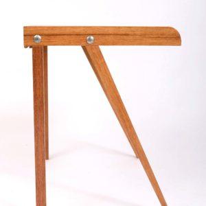 Computer-Schreibtisch aus verschiedenen Holzarten recycelt nachhaltig Square Upcycling