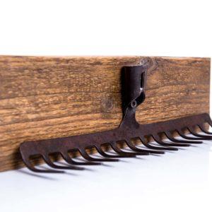 Wieszak na kieliszki lub klucze ze starych grabi Square Upcycling